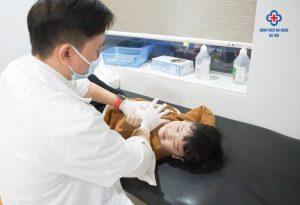Vỗ rung long đờm - Liệu pháp mới điều trị hô hấp ở trẻ ho có đờm