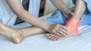 Đến ngay các cơ sở y tế uy tín để thăm khám và điều trị vỡ gân Achilles
